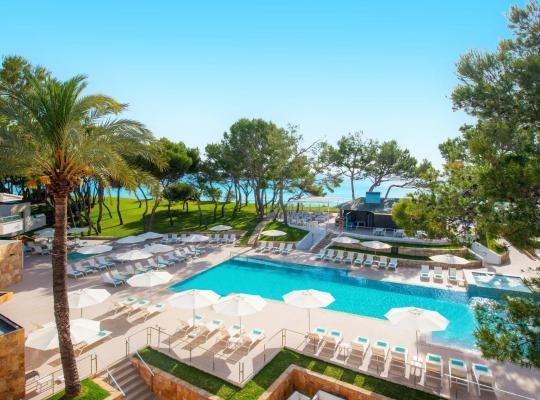 Hotel bilder: Iberostar Playa de Muro Village