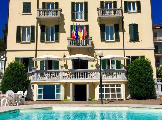 รูปภาพจากโรงแรม: Caroline Hotel