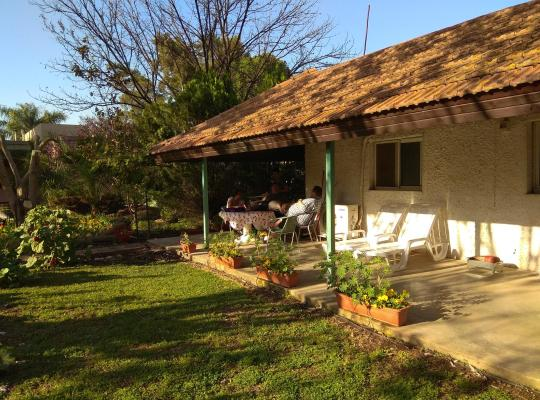 תמונות מלון: At Our Yard - Vacation Apartments in upper Galilee