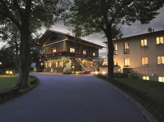 Photos de l'hôtel: ROMANTIK Hotel Bayrisches Haus Potsdam