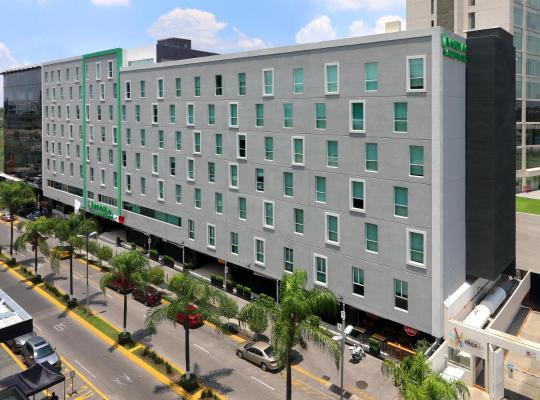 Viesnīcas bildes: Wyndham Garden Guadalajara Acueducto