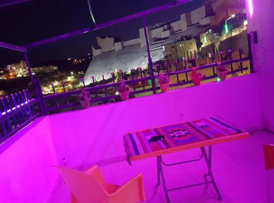 Viesnīcas bildes: Karak House