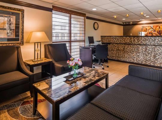 Viesnīcas bildes: SureStay Hotel by Best Western East Brunswick