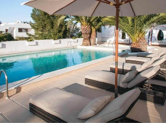酒店照片: Apartamentos Sunset Oasis Ibiza - Only Adults