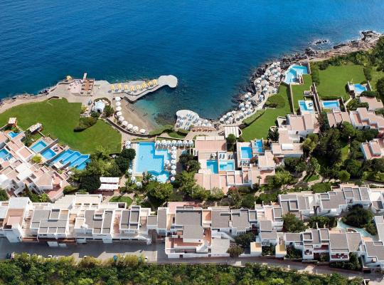 Foto dell'hotel: St. Nicolas Bay Resort Hotel & Villas
