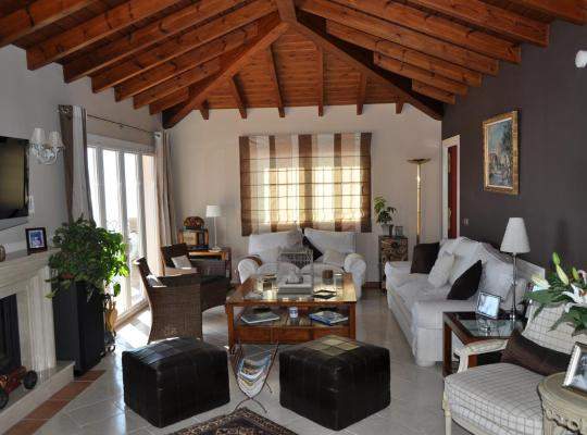 Hotel bilder: Welcome Inn Nerja guest house Luxury Bed & Breakfast
