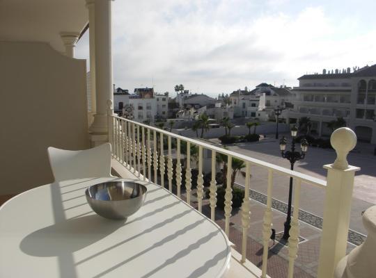 Fotos do Hotel: Apartamentos Plaza España