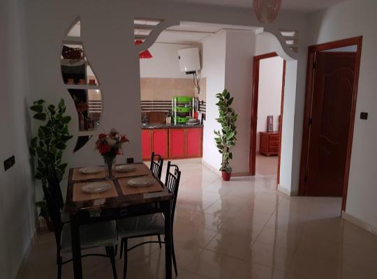 होटल तस्वीरें: joli appartement 4 chambres
