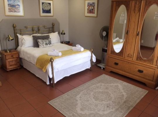 Hotel bilder: De Waterkant Lodge