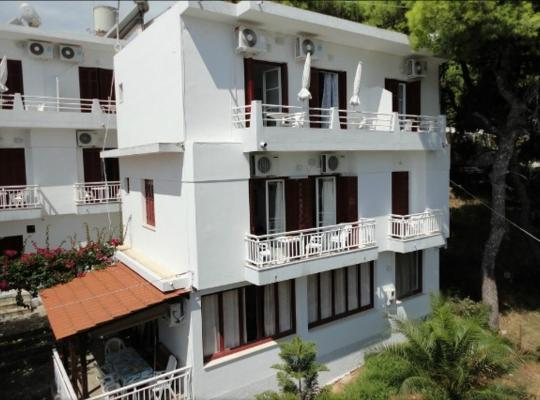 Φωτογραφίες του ξενοδοχείου: Nikos Rooms