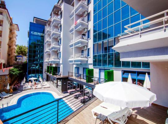 Photos de l'hôtel: Ramira City Hotel - Adult Only (16+)