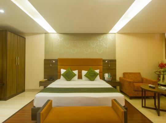 Hotel photos: Treebo Rosewood