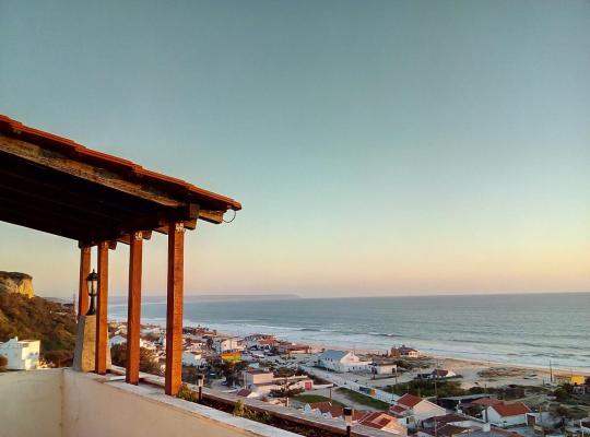 Hotel foto 's: Fonte da Telha Beach Hostel