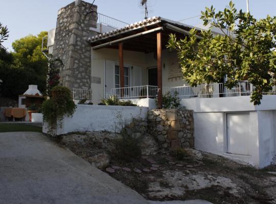 Képek: Villa Narkissos