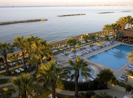 รูปภาพจากโรงแรม: Palm Beach Hotel & Bungalows