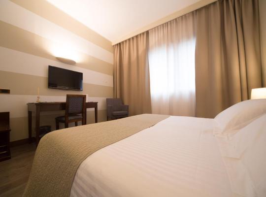 Fotografii: Hotel Motel Ascot