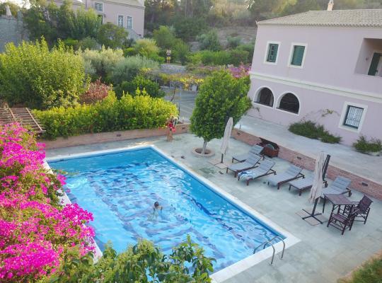 Képek: Villa Conte