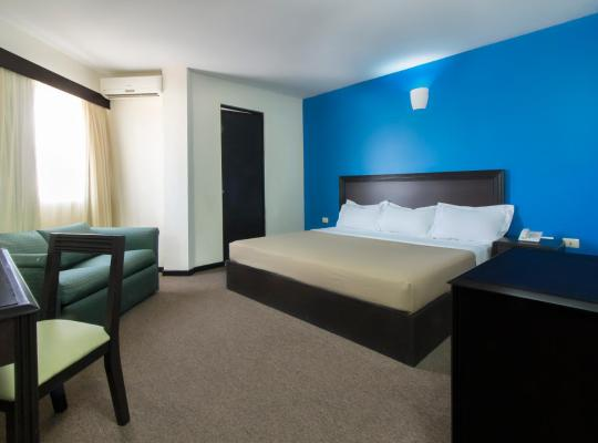 Képek: CHN Hotel Monterrey Santa Fe