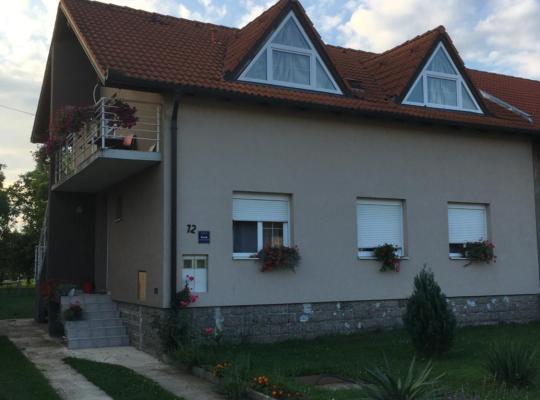Photos de l'hôtel: Guest house Ruža