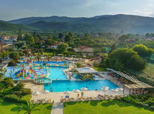 Otel fotoğrafları: Cronwell Platamon Resort Ultra All-Inclusive