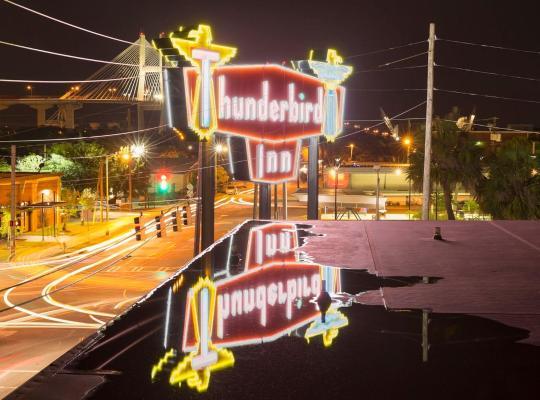 Hotel foto 's: The Thunderbird Inn