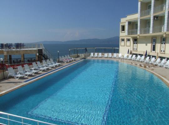 Фотографії готелю: Dogalya Hotel