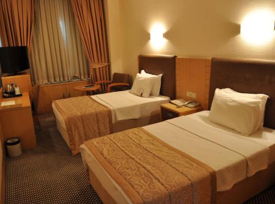 होटल तस्वीरें: Surmeli Adana Hotel
