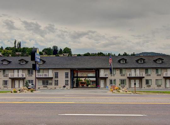 Hotel bilder: Days Inn & Suites by Wyndham Lolo