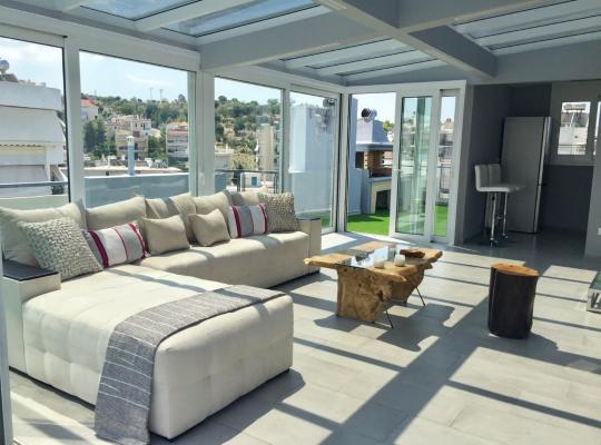 תמונות מלון: Sea and sky apartment Alimos