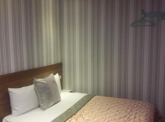Фотографии гостиницы: Yung Feng Hotel