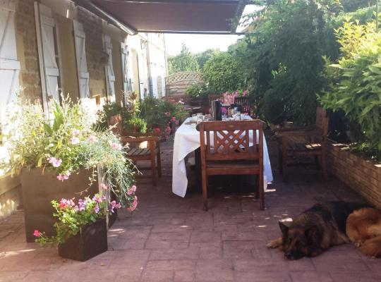 Hotel bilder: La Ferme De Saint Julien