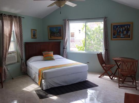 Hotel foto 's: L'anse a L'eau Beach House