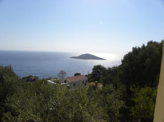 תמונות מלון: Country house with beautiful view in Aegean sea