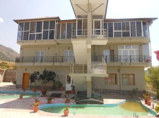 รูปภาพจากโรงแรม: Hotel Krispal