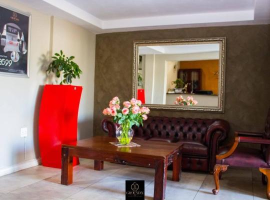 Фотографії готелю: Ground X Hotel