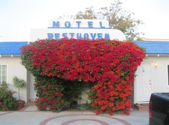 Hotel photos: Rest Haven Motel
