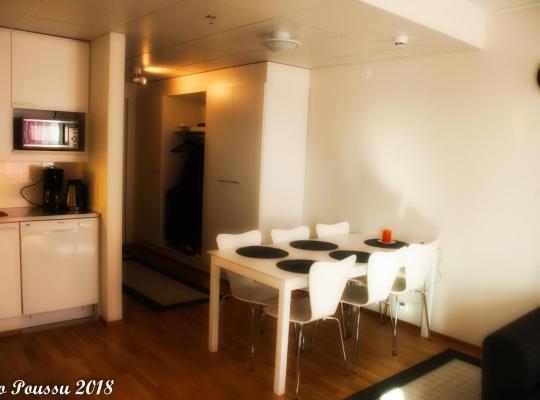 Hotelfotos: Wonderful Spacious Apartment With Glazed Balcony