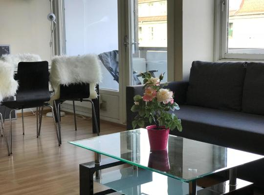 Hotel photos: Oslo city center -Frogner apartment 85mt- 2 bedrooms-Gabels Gate 38