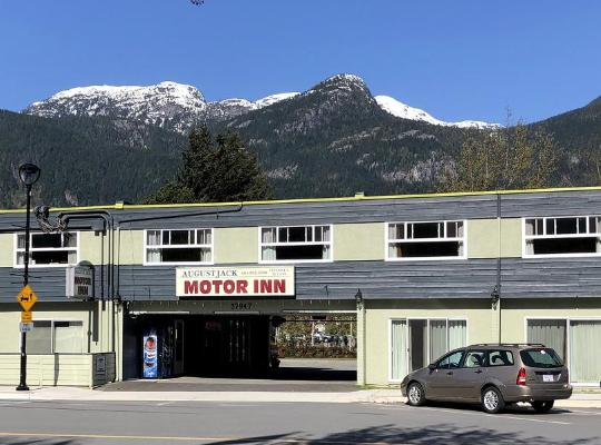 酒店照片: August Jack Motor Inn