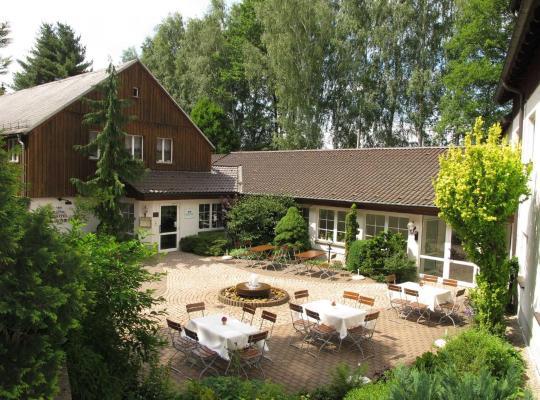 Hotel foto 's: Land-gut-Hotel Zur Lochmühle