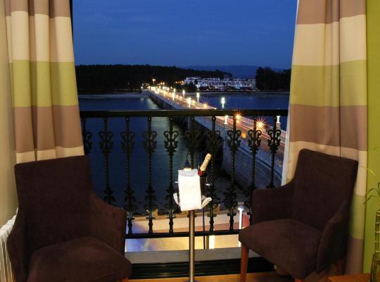 Фотографии гостиницы: Hotel Puente de La Toja