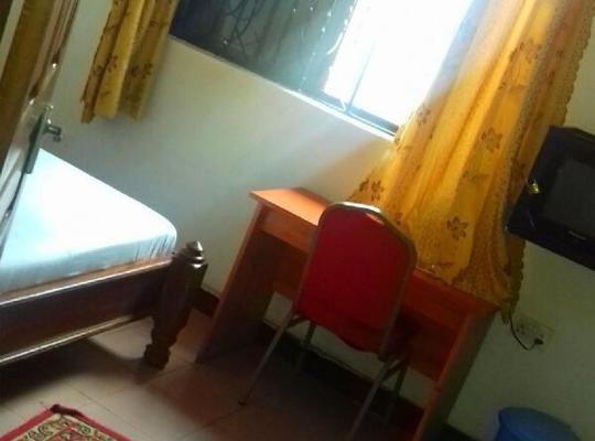 Fotos do Hotel: Makutano Guest House