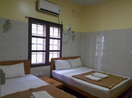 Фотографії готелю: Shwe Eain Si Guest House - Burmese Only