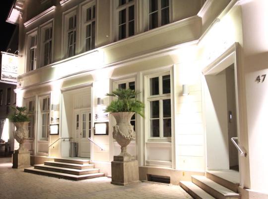 Φωτογραφίες του ξενοδοχείου: König`s Hotel am Schlosspark