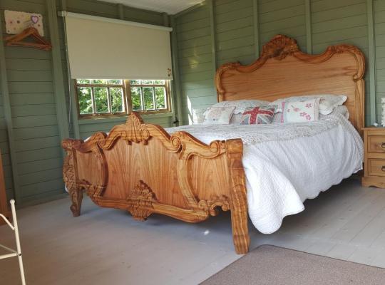 Hotel photos: Marshland Alpacas Lodge