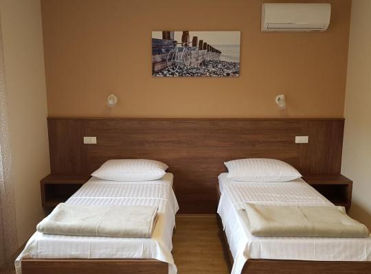 Hotel fotografií: Rooms Pleška near Zagreb Airport