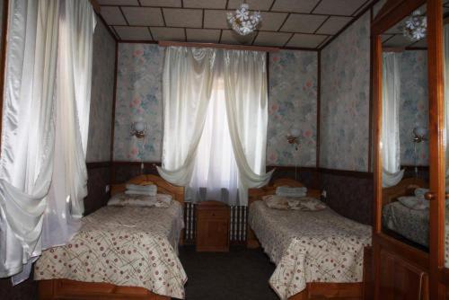 """Fotos de Hotel: Гостевой дом """"АиК"""""""