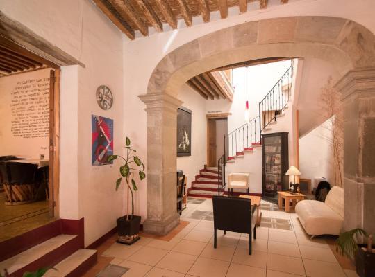Ảnh khách sạn: Meson Cuevano