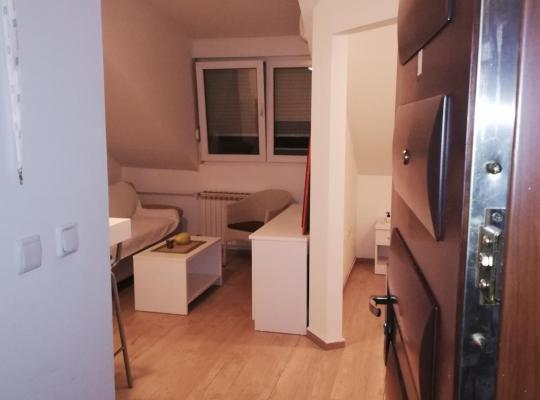 รูปภาพจากโรงแรม: Zagreb, Borovje Apartman