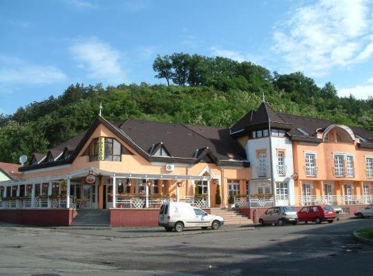 Hotel foto 's: Galcsik Fogadó